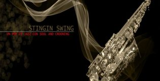 Stingin Swing, un pop di jazz con soul and crooning. Il giovedì alle 18.35 e il sabato alle 21.00