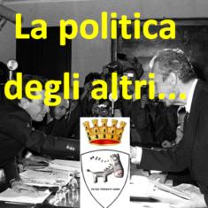 """""""Arezzo svegliati"""" 5 puntata : La politica degli altri"""