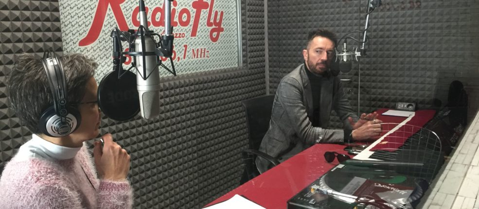 ANDREA SCANZI, FUOCHI SULLA COLLINA