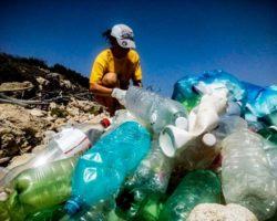 Un mare… di plastica, martedì 18 dicembre, ore 9.00