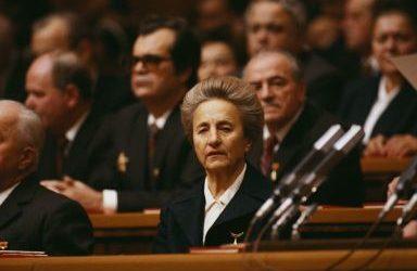 E' Elena Ceaucescu, la protagonista dell' Intervista Impossibile, venerdì 12 aprile, ore 19.05