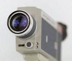'One Shot' con la maestra Monica Santini per parlare dell'obbligo di telecamere nelle scuole della prima infanzia